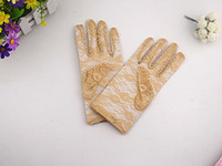 Wholesale In Stock New Wrist Bridal gloves Gold Lace Short Cheap Fashion Bridal Accessories wedding gloves