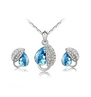 Wholesale 2016 Swarovski elements Crystal Necklace Earrings Sets Rhinestone Water Drop Crystal pendant Platinum Plating Acacia Leaf Stud