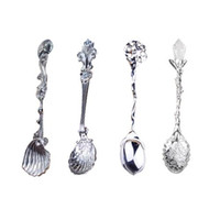 Wholesale S5Q Set Vintage Royal Style Small Coffee Kitchen Spoon Mini Dessert Spoon AAAFUP
