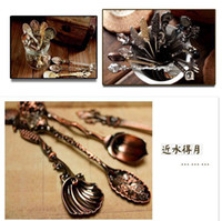 Wholesale Vintage Alloy Shells royal wind Coffee Spoon Crown Palace Carved Tea Ice Cream Scoop Dessert Spoons Cutlery