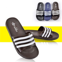 Wholesale Slippers Flip Flops for Men Beach Flip Flops House Slippers Summer Leather Sandals Fashion Slides Slip On House Pool Prevent Slippery Slip