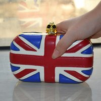 ladies bags uk - 2 colors Stock Fashion Ladies Skull Clutch Bags Gold Silver Frame Mini UK National Flag Chain Bags One Shoulder Day Clutches