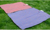 Wholesale Outdoor oxford picnic mat waterproof and damp proof junket pad travel folding ground mat color random
