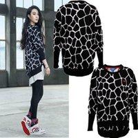 Wholesale Women s autumn and winter Fan Bingbing same paragraph giraffe pattern sweater sweater jacket M69996M69590M30295