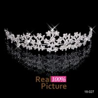 Wholesale Hot Charming Crystal Sparkly Flower Tiaras Hair Accessories Wedding Headbands Crowns Bridal Jewelry for Party Prom Girl In Stock