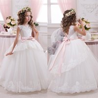 christmas ribbon - Cheap Lace Ball Gown Little Bridal Flower Girls Dresses For Wedding Party Princess Ruffle Bow Floor Length Tulle Pageant Communion Gowns