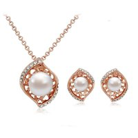 Wholesale Fashion Full Rhinestone Hollow pearl Jewelry Sets High Grade Jewelry Kgp Necklace earrings Sets For Women Wedding Jewelry Set
