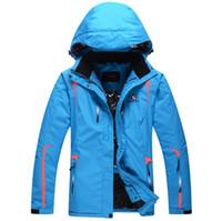 Wholesale 2015 winter new in stock snowboard jacket Unisex ski jacket outdoor waterproof winderpoof sportwear skiing coat