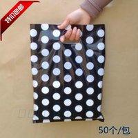 al por mayor polka dot negro bolsas de regalo-Puntos redonda al por mayor blanco bolsa de plástico Negro 25x35cm, 100pcs / lot Cesta de joyería bolsas de embalaje de regalo de plástico con la manija
