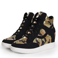 Wholesale womens camouflage high top flat walking shoes breathable height increasing canvas shoes women