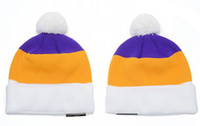 bay fishing - Hot Sale Cotton Men Green Bay Football Beanies With Pom Cheap Women American Football Sport Winter Hat Knitted Skullies Sport Knit