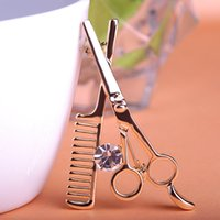 Cheap Best-selling brooch Fashion clothing Han edition scissors, a comb pop corsage, sell like hot cakes Pin hot style
