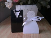 Wholesale Classic Style Romantic Bride and Groom Wedding Favor Box Creative Lovely Casamento Candy boxes With Ribbon Chocolate Gift Box
