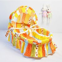 Wholesale Hot selling Handmade Baby Bed Basket Optional Colors Portable Baby Lounge Baby Cradles Corn Bran Woven Bassinet