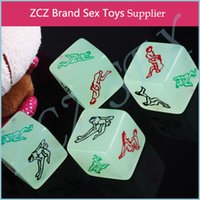 Wholesale ZCZ Glow In The Dark Erotic Dice Night Lights Love Dice of Sex Fun Toys Noctilucent Sex Dice of Adult game DX084