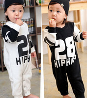 Wholesale baby jumpsuits rompers pattern personalized cute newborn onesies climbing clothes black white