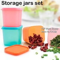 Wholesale 6 ml Kitchen Mini Plastic jars and lids Spice sauce seasoning box Condiments Pepper jar Food Storage Container