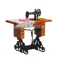 Wholesale 1 Miniature Vintage Miniature Furniture Sewing Machine Scissors Dollhouse Miniature Toys Dolls Accessories New