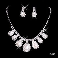 beige pearl necklace - 2015 Cheap Elegant Jewelry Wedding Bridal Pearl Rhinestone Necklace Earring Set for Party Prom Evening Bride In Stock