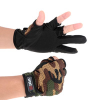 Wholesale New Camouflage Winter Fishing Gloves Fingers Cut Outdoor Sports Warm Waterproof Finger Expose Hide Glove Free Size