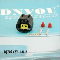Wholesale Temperature sensor plug Toyota engine DJ70217Y plug the car