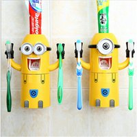Wholesale 100pcs sale Despicable Me Minions Design Set Cartoon Toothbrush Holder Automatic Toothpaste Dispenser with Brush Cup for christmas gift D415