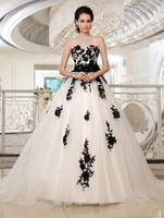 Wholesale 2014 Halloween Gothic Black Lace and White Tulle Corset Ball Gown Wedding Dresses Bow knot Sash Strapless Sweetheart Neckline Court Train