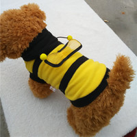 El suéter amarillo lindo estupendo del suéter de la abeja del perro del animal doméstico del invierno del resorte del DESCUENTO GRANDE con tamaño del ala elige libremente El perro bichon suministra 20pcs / lot
