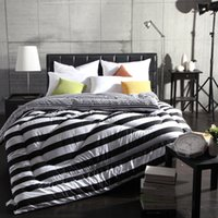 Wholesale All Season Luxurious Down Alternative Twin Full Queen King Size Comforter White and Black Stripe Quilted Design