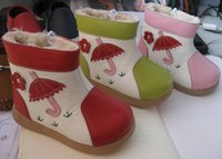 Wholesale SandQ baby Girls boots genuine leather plush umbrella flowers on grass fun shoes red pink green color winter new collection