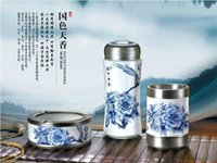 Wholesale Blue and white porcelain insulation glass ashtray suit honorable alloy manufacturers customized business gifts gift