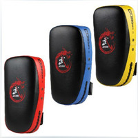 Wholesale Muay Thai Kick Boxing Strike Curve Pads Punch MMA Focus Target Pad Yellow Black Single