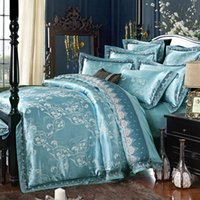 Wholesale Luxury Jacquard Bedding Set With Lace Piece Queen King Size Imitated Silk Cotton Embroidery Duvet Cover Set Flat Sheet Drop Shipping