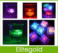 Wholesale LED Ice Cubes Light Up Refreezable Water Submersible Party Gifts Wedding Decor colors Auto Changing Crystal Cube Light Hot Sales