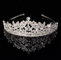 Cheap Shining Beaded Crystals Pearls Wedding Tiaras Crowns Bridals Veils Tiara Crown Headband Hair Accessories Quinceanera Butterfly Hairpieces