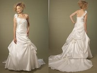 Cheap 2015 Elegance A line One shoulder Wedding Dresses 8696 Stretch satin Backless Beads Appliques Pleat Lace Up Chapel Train Vintage Bridal Gown