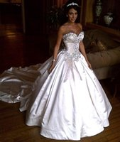 Wholesale Luxurious Crystal Rhinestone Princess Wedding Dresses Sweetheart Taffeta Cathedral Train Christmas Ball Gowns Bridal Gowns