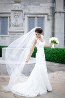 Wholesale Ivory Wedding Veils Long Tulle Elegant Sheer One Layer Wedding Hair Veils Charming Vintage Mantilla Bridal Veil Longing Ivory White Cheap