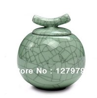 Wholesale 2013 Ge kiln porcelain tea caddy ceramic cutting large tea pot the tea sealed tank cm cm