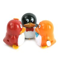 Wholesale Hot Fashion Plastic Fun Movement Penguins Wind Up Walking Toys Kids Developmental Toys