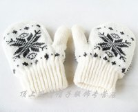 Wholesale Children boys and girls mittens gloves warm autumn and winter export snowflake soft baby wool fleece gloves