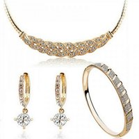Wholesale Fashion Valse Accessories Sets Earrings bracelet and Necklace and Metal Round Accessories Gift for women sets