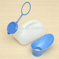 Wholesale Unisex Female Urination Urine Device Urinal Toilet Bottle Emergency Closestool Tool Camping Travel Tent