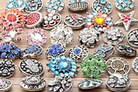 Other crystal Chirstmas DIY Jewelry Accessory 18mm noosa Metal Snap Button Charm Rhinestone Styles Button rivca Snaps Jewelry NOOSA chunk E55L
