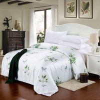 Wholesale hot sale colors green flower summer quilts high quality cotton quilts queen king size quilts