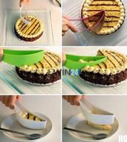 Wholesale 5PCS New Cake Slicer Sheet Guide Cutter Server Bread Slice Kitchen Gadget Multiple Color Cake Pie Slicer