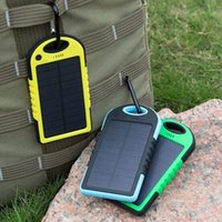 Wholesale 5000mAh Solar power bank Dustproof waterproof Panel Shockproof mobile solar charger with usb ports can work smartphones