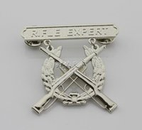 art experts - The metal badge of the United States Marine Corps rifle expert USMC long shooter chapter uniform hanging chapter
