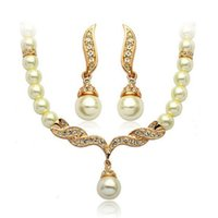Wholesale 2015 New K Yellow Gold Plated Crystal Paved Wing of Angel quot Necklace Earrings Fashion Bridal Wedding Pearl Jewelry Sets Gift for Women