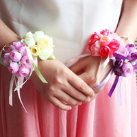 Satin beaded corsage - 2015 Hot Sales Bridal Flowers on Wrist Elegant Wedding Bouquet Flowers Red Pink Pearls Beaded Elastic Band Bridesmaids Sisters Flowers